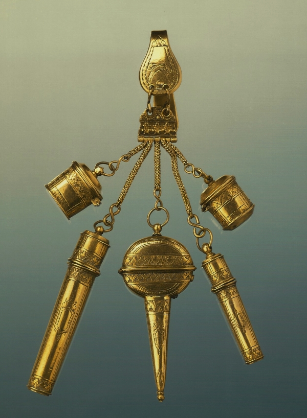 A gilt-brass child's harness