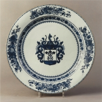 A blue and white Chinese export porcelain dish